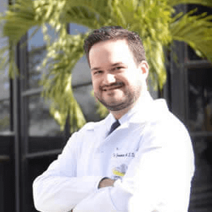 Dr. Francisco Dacarett
